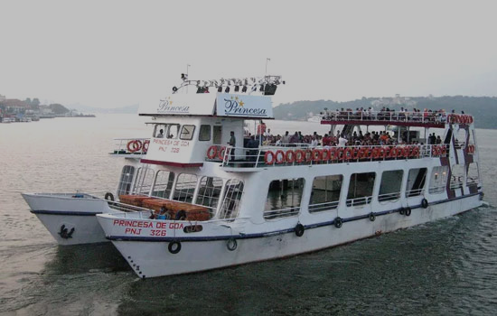 Goa Boat Cruises,Cruises in Goa,Book Cruises in Goa,Goa Backwater Trips,Boat Trips Goa