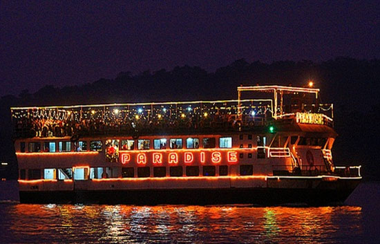sunset leisure cruise goa